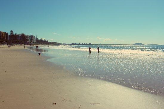 mooloolaba beach 5